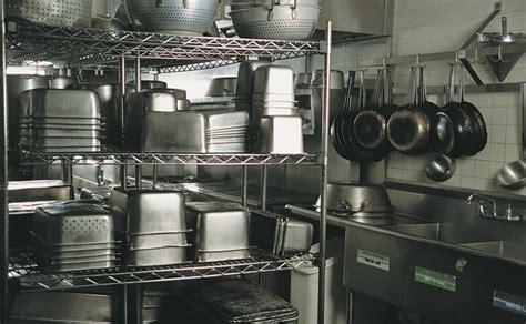 Restaurant Kitchen Pans by List Of Equipment Needed For A Kitchen Restaurant Bizfluent