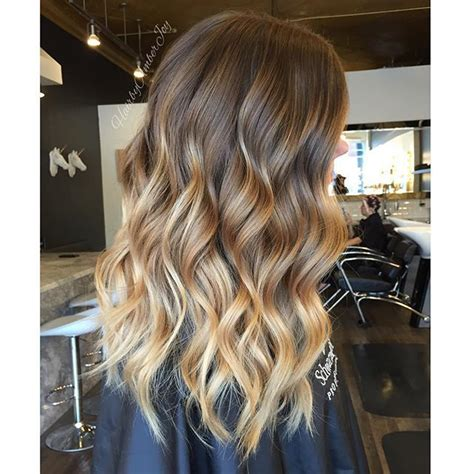 honey brown hair with blonde ombre honey brown blonde balayage