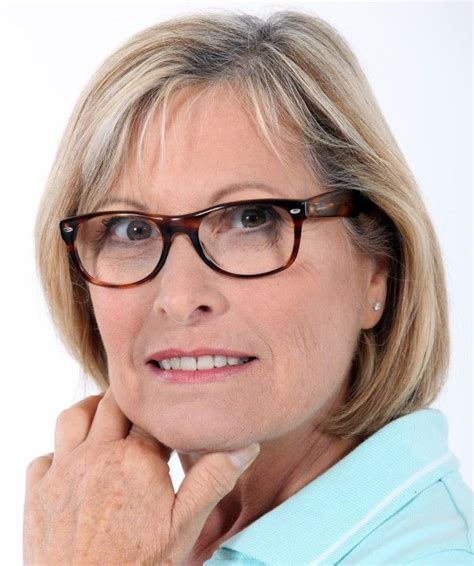 hairstyles for oval faces with glasses 40 best images about glasses on pinterest oval faces