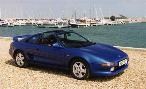 toyota mr2 toyota mr2 coupe review 1990 2000 parkers