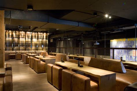 Spa Style Bathrooms - carbon bar at the cumberland hotel london zenith