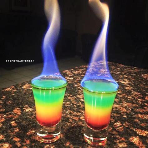 rainbow cocktail drink 25 best ideas about rainbow drinks on pinterest rainbow
