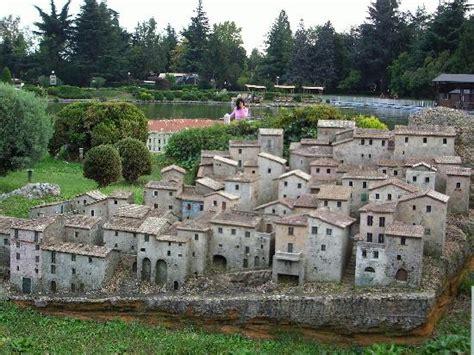 hotel cabina capriate san gervasio animali nella fattoria picture of leolandia capriate