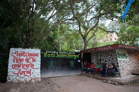 escuela normal rural de ayotzinapa wikipedia la la escuela normal rural quot ra 250 l isidro burgos quot en