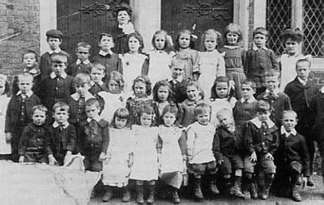 workhouse records go online and reveal british roots of