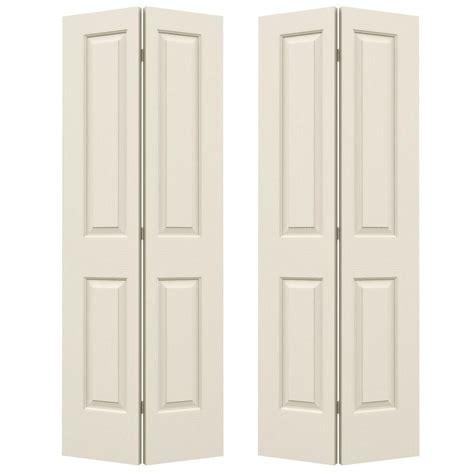 72 Closet Doors Jeld Wen 72 In X 80 In Smooth 2 Panel Hollow Molded Interior Closet Bi Fold Door