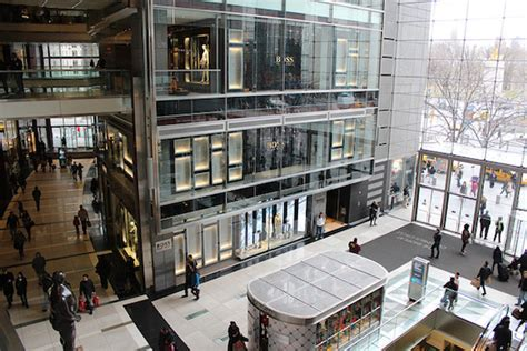 10 Columbus Circle 3rd Floor New York Ny 11102 - west side rag 187 dies after jumping from 3rd floor