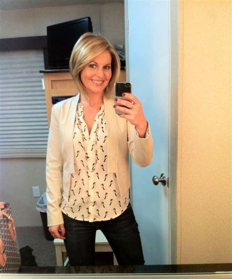 candace cameron bure hair love her hair love her outfit short haircuts
