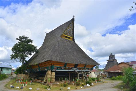 indovisual rumah adat karo  desa lingga sumatera utata