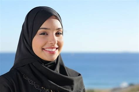 muslim girl 10 tips on how to date a muslim girl lovely pandas