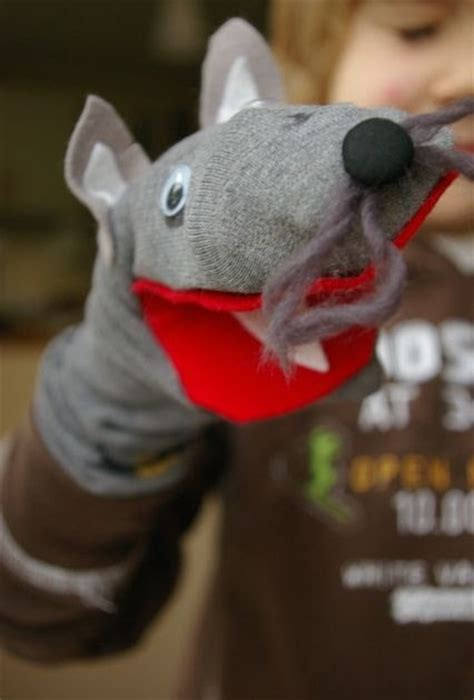 sock puppets crafts hennymats kid craft sock puppets
