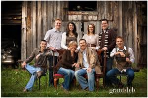 color schemes for family photos this color scheme for family portraits great idea
