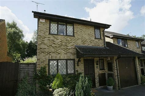harry potter home harry potter dursley home could be yours for just 163 475 000