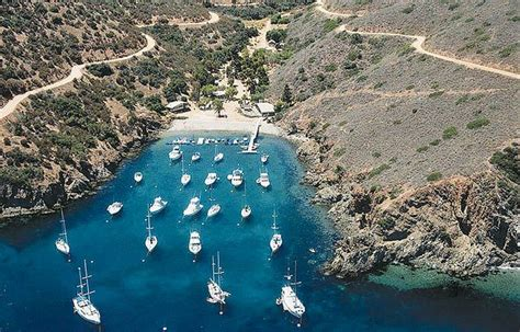 fourth  july cove  catalina island  harbors ca california beaches