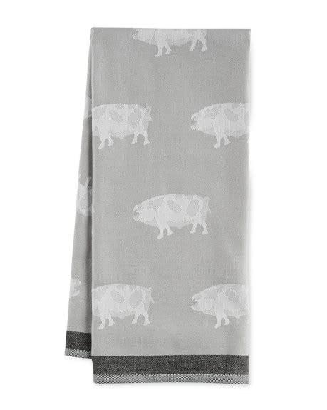 jacquard animal towel pig williams sonoma