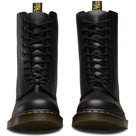 boot eyelets dr martens 10 eyelet smooth boot