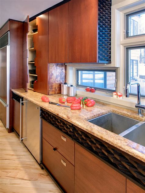 Best Countertop Materials by Hgtv S Best Kitchen Countertop Pictures Color Material