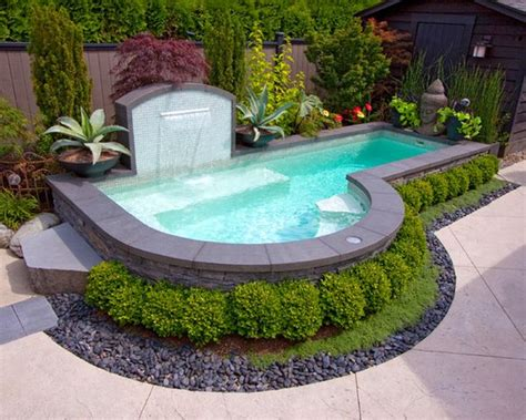 Small Backyard Swimming Pools Spruce Up Your Small Backyard With A Swimming Pool 19