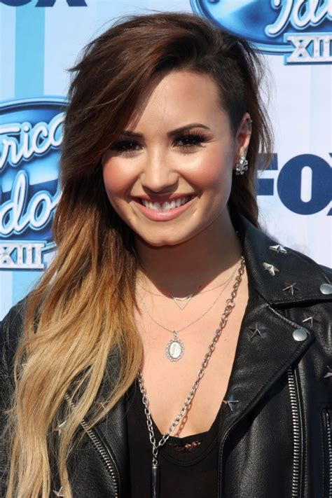 Demi Lovato Hairstyles by Demi Lovato Hair Demi S Best Hairstyles