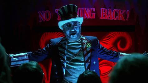 house of a thousand corpses rob zombie talks house of 1000 corpses unrated cut will we ever see it bloody