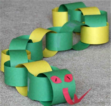 Paper Snake Craft - paper chain snake