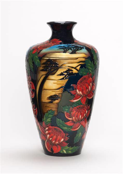 Moorcroft Vases Designs by 183 Moorcroft Pottery Moorcroft Pottery Design Blue