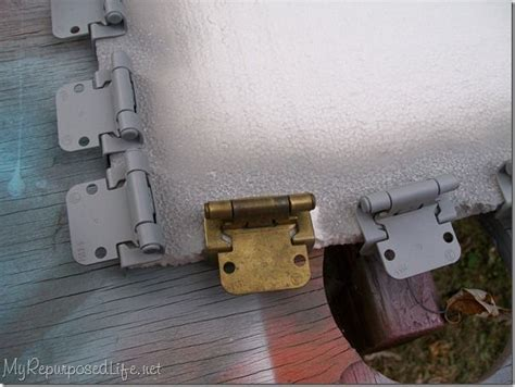 How To Spray Paint Cabinet Hardware by How To Paint Cabinet Hinges This Is Going To Save Me So