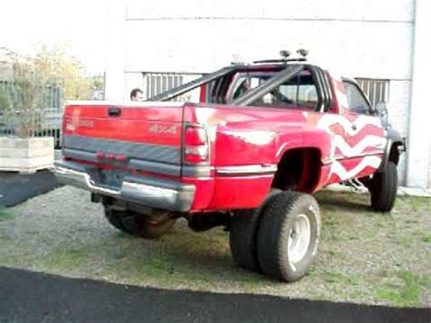 dodge ram     cc  lifted red flag usa exhaust  youtube