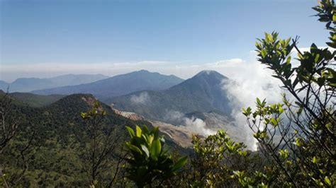 gunung terindah  indonesia  didaki