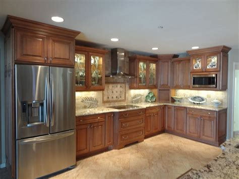 best way to clean wood kitchen cabinets cleaning oak cabinets kitchen how to clean oak kitchen