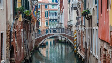 Amazing Christmas Crusies #6: Venice-40605148-1484060360-ImageGalleryLightboxLarge.jpg