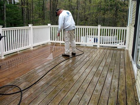 restain  wood deck   steps hirerush blog
