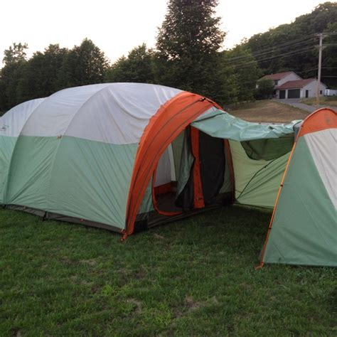 rei kingdom 8 with foot print and tech garage shelter