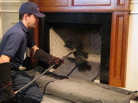 Fireplace Cleaning Services by Skorsten Tjeneste Skorsten Tjeneste