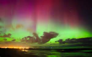 uk lights northern lights borealis dazzles in britain s