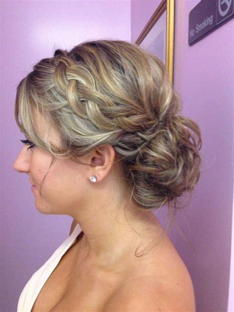 Wedding Hair Designs Bridesmaid by 21 Gorgeous Bridesmaid Wedding Hair Navokal