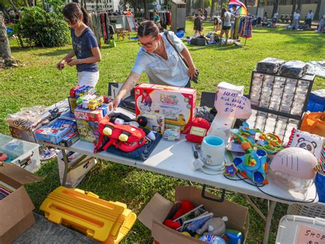 Garage Sale In Singapore by Get Pre Loved Bargains At The Great Singapore Garage Sale