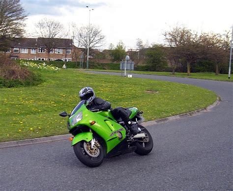 Motorrad Führerschein Wiki by Kawasaki Zx 12r Motorrad Wiki Fandom Powered By Wikia