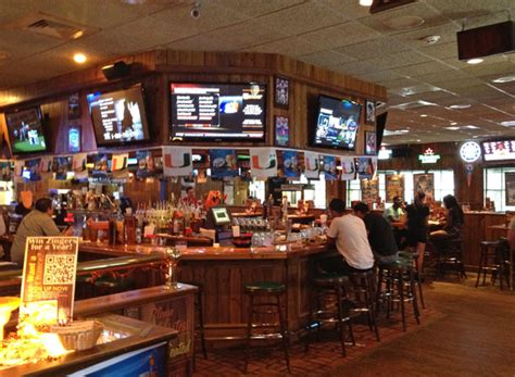 the ale house review of davie ale house 33324 restaurant 2080 s university d