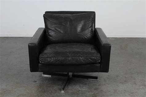 mid century modern swivel armchair mid century modern black leather swivel chair for sale at