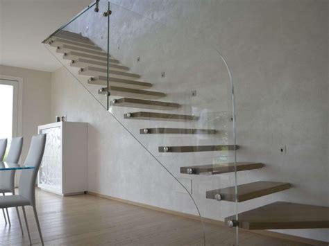 ringhiera vetro prezzo ringhiere vetro prezzi immagini di scale interne con