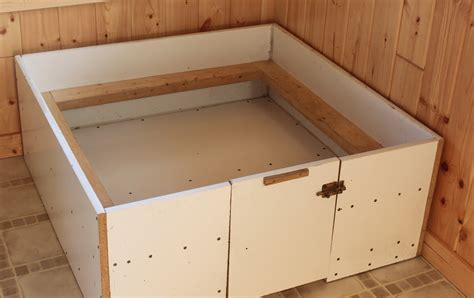whelping box 1000 images about a whelping box on