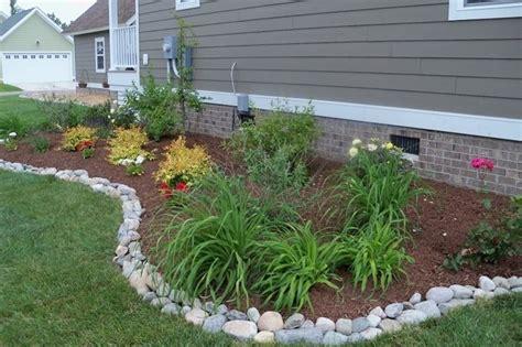 bordi per giardino bordure per aiuole giardinaggio come realizzare le