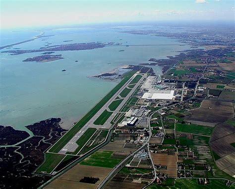 volo venezia porto parcheggio aeroporto venezia viaggiare low cost