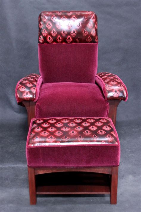 Football Chair And Ottoman Custom Football Chair And Ottoman Regal Style For Sale Antiques Classifieds