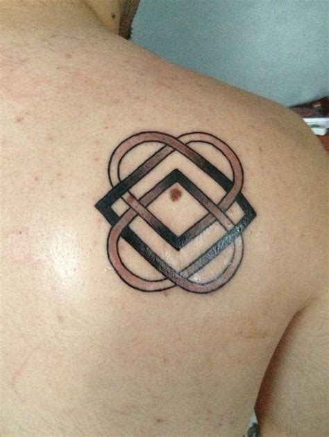 my first tattoo it s the celtic symbol for family and
