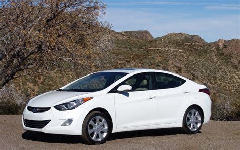 car repair manuals download 2011 hyundai elantra navigation system 2011 hyundai elantra a quick look review the car guide