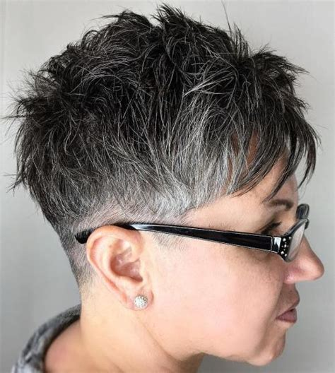 edgy short haircuts for women over 50 28 edgy and elegant haircuts for women over 50 ritely