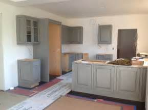 Colors That Go With Dark Grey Room Color For Gray Kitchen Cabinets
