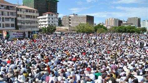 kijana wa kiislam islam  politics  tanzania